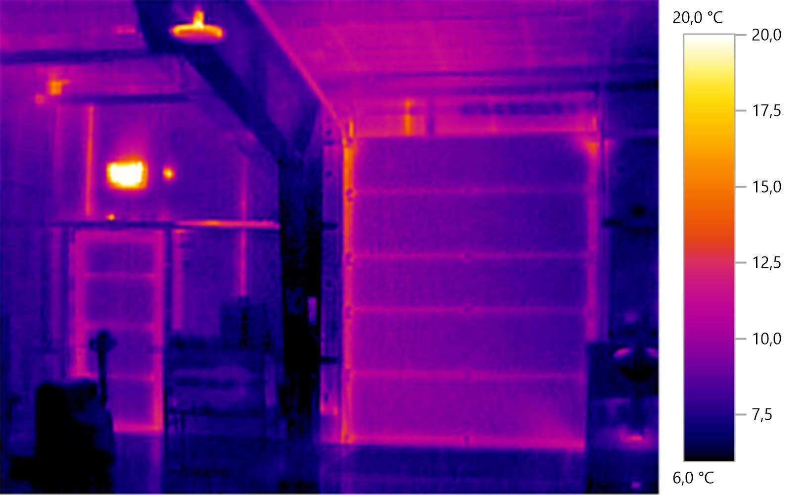 Referenz_Blower-Door-Test_Produktionshalle_Neuburg_Donau_Waermebild_Kuehlhalle.jpg