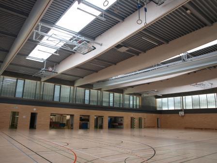 Referenz_Sporthalle_Woerth_an_der_Donau_innen.jpg